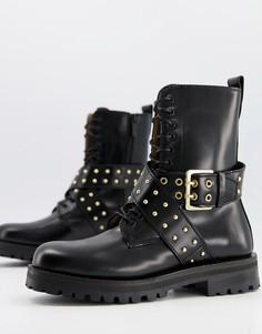 Черные кожаные ботинки на плоской толстой подошве с перекрестным ремешком и заклепками & Other Stories-Черный цвет