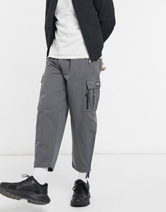 Серые укороченные брюки карго Bershka-Серый