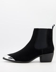 Черные ботинки из искусственной замши в стиле вестерн на кубинском каблуке и со вставкой на носке ASOS DESIGN-Черный цвет