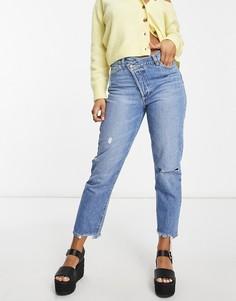 Голубые джинсы в винтажном стиле с асимметричным поясом Stradivarius-Голубой