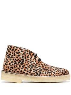 Clarks Originals ботинки дезерты с леопардовым принтом