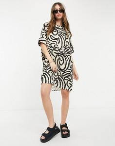 Кремовое платье-туника с графическим принтом Selected Marilyn-Серый