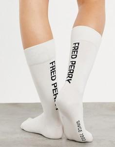 Белые носки слоготипом Fred Perry-Белый