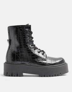 Черные лакированные ботинки сузором крокодиловой кожи натолстой подошве Topshop-Черный