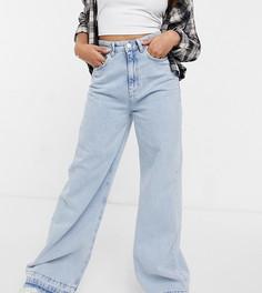 Светло-голубые выбеленные джинсы с очень широкими штанинами Stradivarius Petite-Голубой