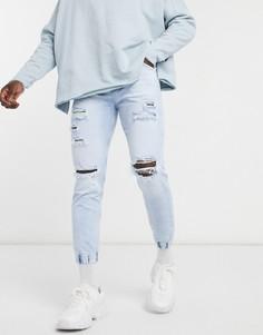 Голубые джинсовые джоггеры сорваной отделкой Bershka-Голубой