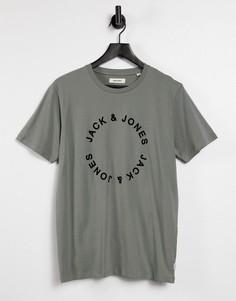Шалфейно-зеленая футболка с минималистичным логотипом Jack & Jones-Зеленый цвет