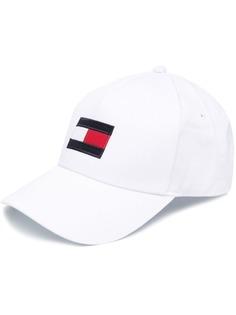Tommy Hilfiger кепка с вышитым логотипом