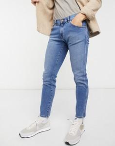 Синие зауженные джинсы Wrangler Bryson-Голубой