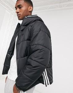 Черная дутая куртка с тремя полосками adidas Originals-Черный цвет