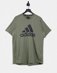 Футболка цвета хаки с большим логотипом adidas Training-Зеленый цвет