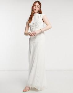 Свадебное платье макси цвета слоновой кости с цветочной вышивкой, отделкой бисером и с открытой спиной Hope & Ivy-Белый