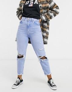 Голубые джинсы в винтажном стиле из органического хлопка со рваной отделкой на коленях и необработанными краями Bershka-Голубой