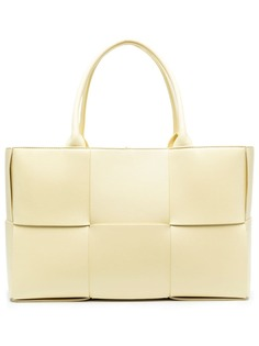 Bottega Veneta сумка-тоут Arco с плетением Intrecciato