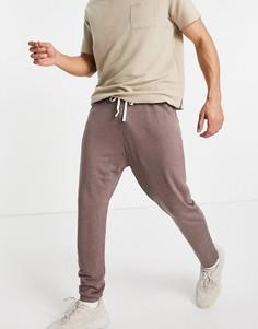 Легкие коричневые джоггеры с заниженным шаговым швом ASOS DESIGN-Серый