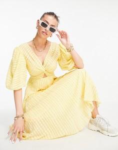 Платье миди из ткани добби с расклешенной юбкой, перекрученной отделкой спереди и плиссировкой желтого лимонного цвета ASOS DESIGN-Желтый