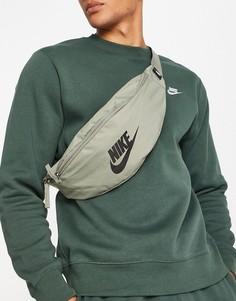 Сумка на пояс цвета пыльного хаки Nike Heritage-Зеленый цвет