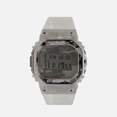 Наручные часы CASIO G-SHOCK GM-5600SCM-1ER Skeleton Series, цвет серебряный