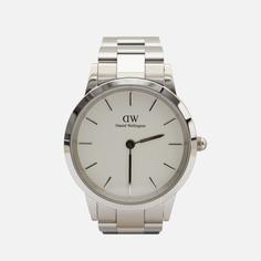 Наручные часы Daniel Wellington Iconic Link, цвет серебряный
