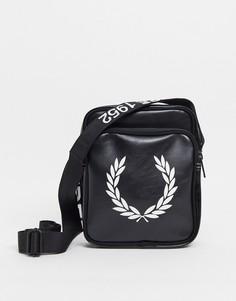 Черная сумка через плечо с большим контрастным логотипом Fred Perry-Черный