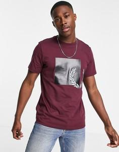 Бордовая футболка с графическим логотипом в тон Fred Perry-Красный