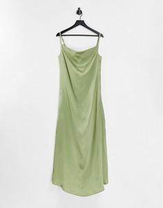 Атласное платье макси шалфейного цвета на бретелях AX Paris Bridesmaid-Зеленый цвет