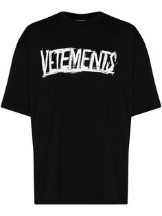 VETEMENTS футболка с принтом World Tour