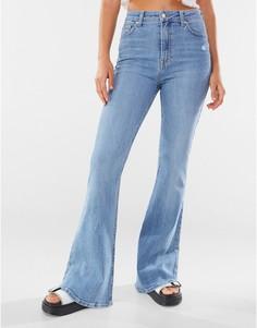 Выбеленные голубые расклешенные джинсы Bershka-Голубой