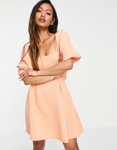 Персиковое платье А-силуэта с объемными рукавами, декоративным вырезом и стеганым эффектом ASOS DESIGN-Розовый цвет