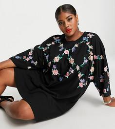 """Платье-футболка в стиле """"oversized"""" с перекрестной цветочной вышивкой ASOS DESIGN Curve-Черный цвет"""