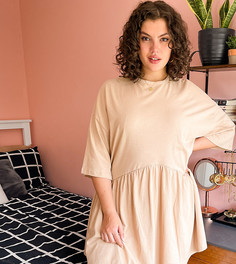 Oversized-платье мини бежевого цвета с присборенной юбкой и заниженной талией ASOS DESIGN Curve-Коричневый цвет