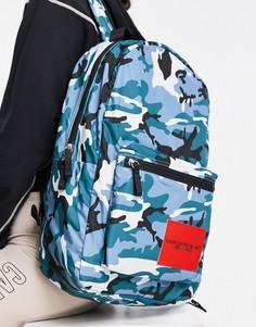 Рюкзак 45 см на молнии с сине-зеленым камуфляжным принтом Calvin Klein Sports-Multi