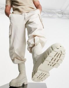Светло-бежевые высокие ботинки-челси из искусственной кожи на массивной подошве с дутым дизайном ASOS DESIGN-Светло-бежевый цвет