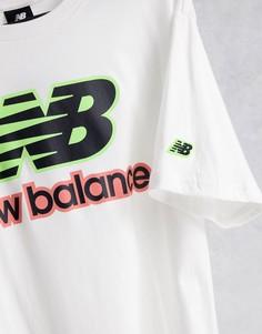 Белая футболка с неоновым логотипом New Balance-Белый