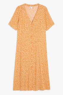 Платье макси с застежкой на пуговицы Monki