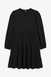 Платье миди с ярусной юбкой Monki