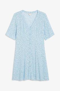 Приталенное платье с широкой юбкой в стиле ретро Monki