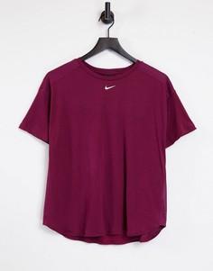 Красная футболка Nike Pro AeroAdapt-Красный