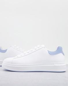 Белые кроссовки на танкетке River Island-Белый
