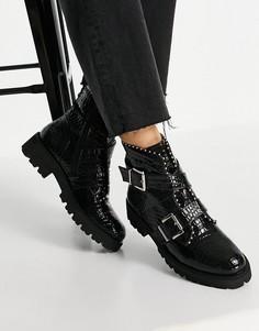 Черные ботинки на плоской массивной подошве с пряжками, заклепками и эффектом крокодиловой кожи Steve Madden Hoofy-Черный цвет