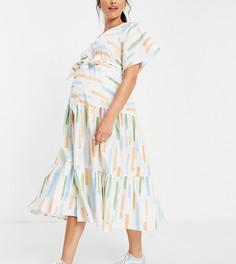 Ярусное платье миди из хлопкового поплина с абстрактным принтом и поясом ASOS DESIGN Maternity-Разноцветный
