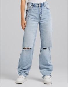 Выбеленные джинсы в винтажном стиле со рваной отделкой Bershka-Голубой