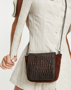 Темно-коричневая кожаная сумка через плечо с отделкой под крокодила и клапаном Urbancode-Коричневый цвет