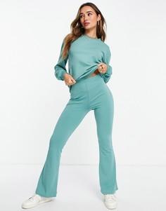 Спортивный костюм шалфейно-зеленого цвета из свитшота и брюк клеш ASOS DESIGN-Зеленый цвет
