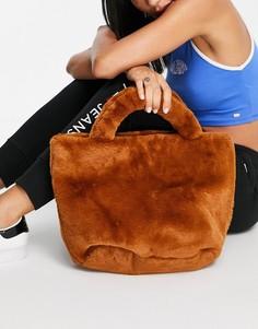 Меховая сумка-тоут мини коричневого цвета NA-KD-Коричневый цвет