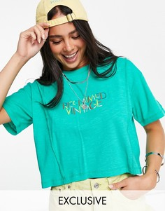 Зеленая укороченная футболка с радужным логотипом Reclaimed Vintage Inspired-Зеленый цвет