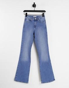 Синие выбеленные джинсы клеш с завышенной талией Wrangler-Голубой