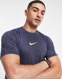 Темно-синяя футболка Nike Pro Training Dri-FIT Advanced-Голубой