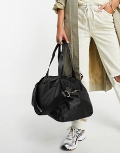 Черная спортивная сумка из смесового переработанного полиэстера ASOS DESIGN-Черный цвет