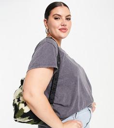 Темно-серая oversized-футболка с эффектом кислотной стирки New Look Curve-Серый